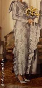Abito da sposa grigio perla